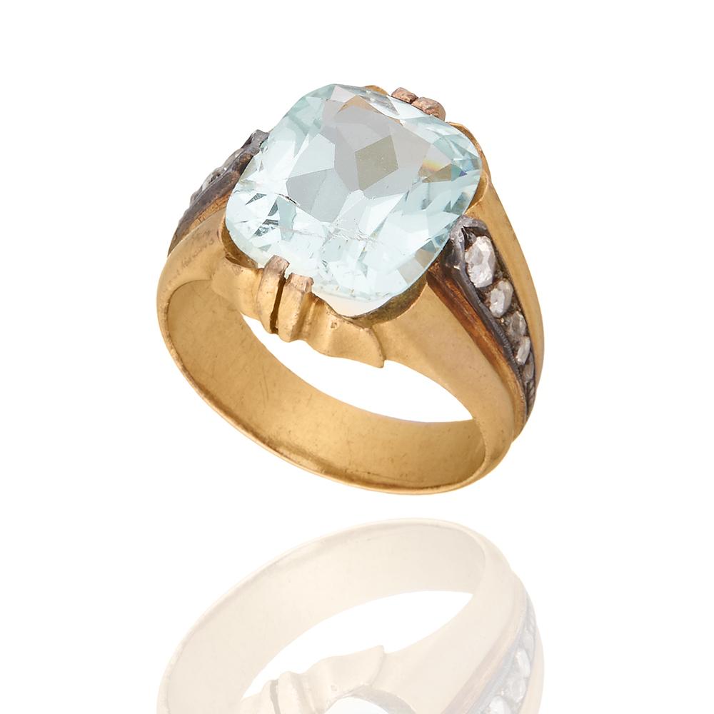 Антикварное кольцо с аквамарином.