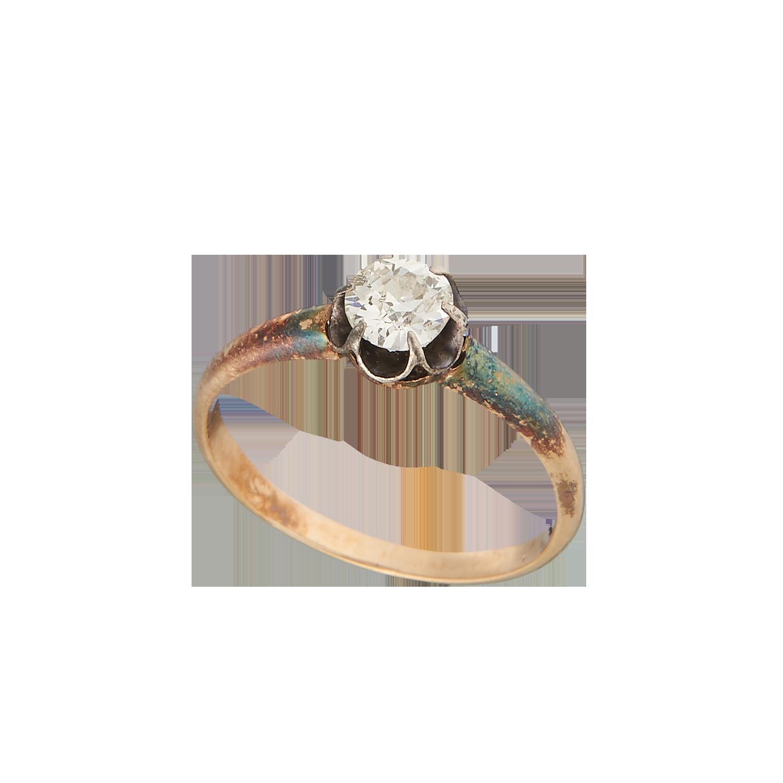Антикварное кольцо с бриллиантом.
